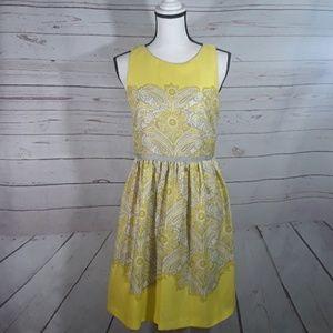 Loft sleeveless dress zips up the back EUC size 4